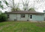 Foreclosed Home in Topeka 66611 1404 SW 37TH ST - Property ID: 3663381