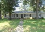 Foreclosed Home in Tuscaloosa 35405 3216 4TH AVE - Property ID: 3664175