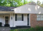 Foreclosed Home in Memphis 38112 378 VANDALIA ST - Property ID: 3671513