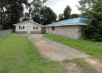 Foreclosed Home in Schriever 70395 137 CLARA ST - Property ID: 3685336