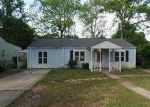 Foreclosed Home in Birmingham 35228 533 MIDFIELD ST - Property ID: 3701946
