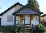 Foreclosed Home in Longview 98632 364 19TH AVE - Property ID: 3704973