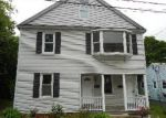 Foreclosed Home in Waterbury 06706 122 MIDDLE ST - Property ID: 3718276
