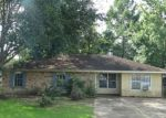 Foreclosed Home in Schriever 70395 121 MERIAN ST - Property ID: 3729529