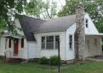 Foreclosed Home in Topeka 66605 3007 SE CALIFORNIA AVE - Property ID: 3737044