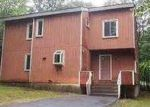 Foreclosed Home in Bushkill 18324 2110 YORKSHIRE CT - Property ID: 3745698