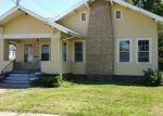 Foreclosed Home in Topeka 66604 1700 SW LANE ST - Property ID: 3747916