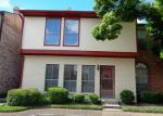Foreclosed Home in Houston 77071 7700 CREEKBEND DR APT 80 - Property ID: 3761030