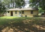 Foreclosed Home in Pensacola 32526 5694 AVONDALE RD - Property ID: 3772224