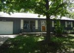 Foreclosed Home in Topeka 66609 3742 S HUMBOLDT ST - Property ID: 3772654