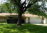 Foreclosed Home in Indianapolis 46221 4133 RIDGEWAY DR - Property ID: 3793123