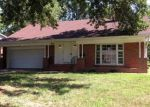 Foreclosed Home in Columbia 65201 808 FAIRWAY DR - Property ID: 3814778