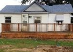 Foreclosed Home in Madison Heights 48071 26744 LENOX AVE - Property ID: 3815324