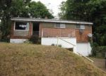 Foreclosed Home in Pittsburgh 15235 207 BART DR - Property ID: 3821326