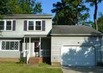 1 KINGS POINT DR