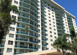 COLLINS AVE APT 419