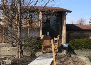 KNOLL VALLEY DR APT 203