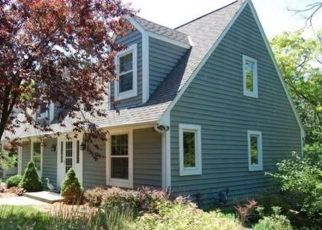 S1W31448 HICKORY HOLLOW CT